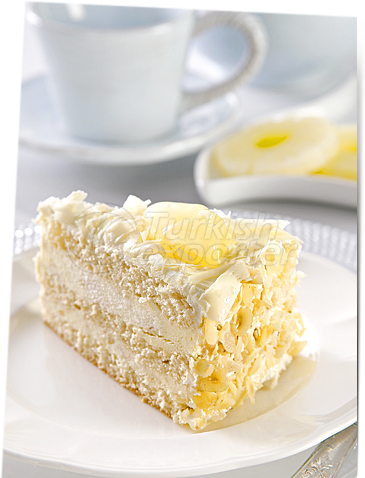Pineapple Cake With Hazelnut