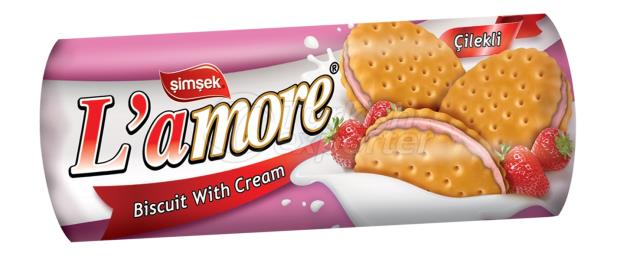 L'amore Sandwich Biscuit with Strawberry Cream