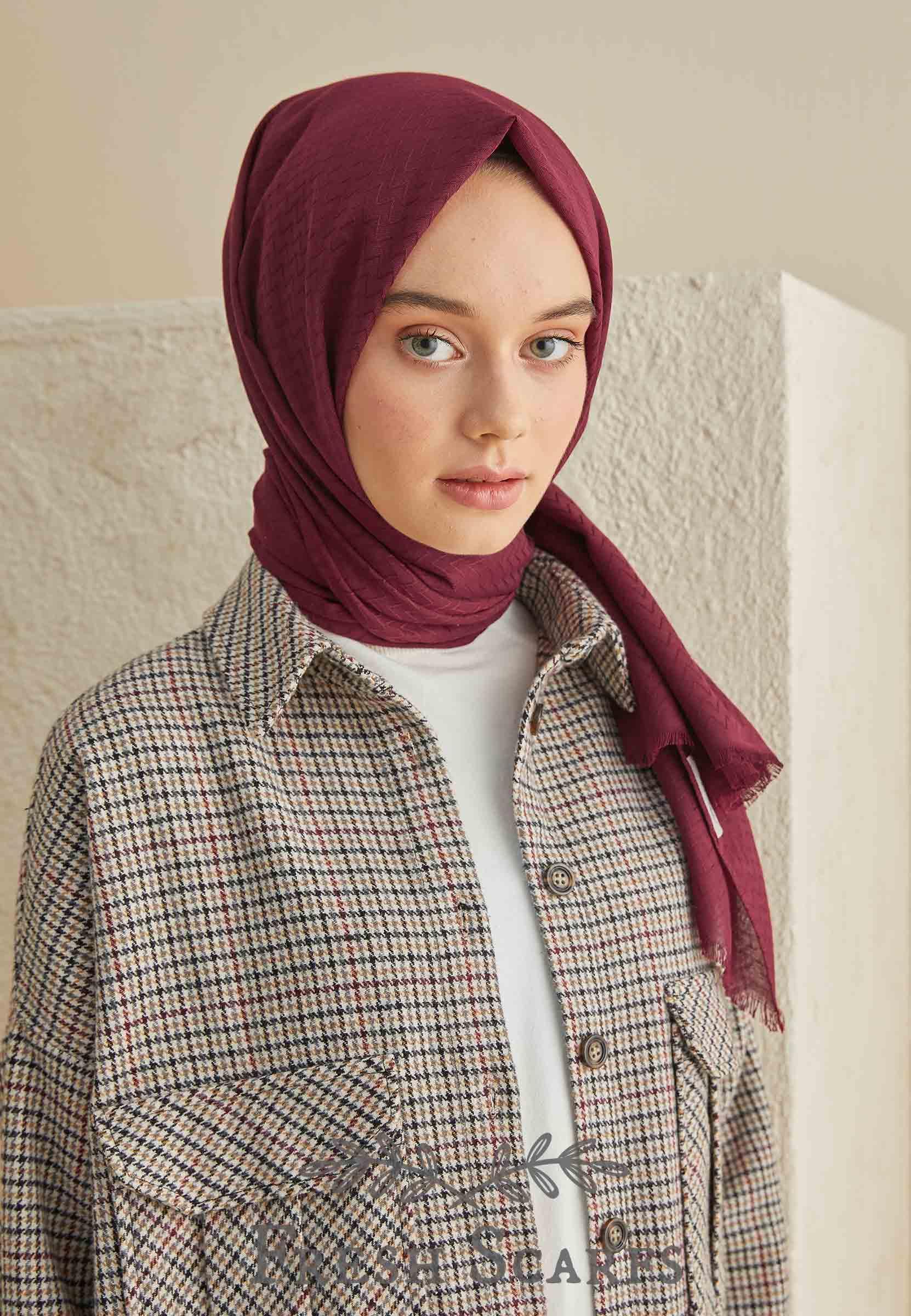zigzag pattern shawl cherry