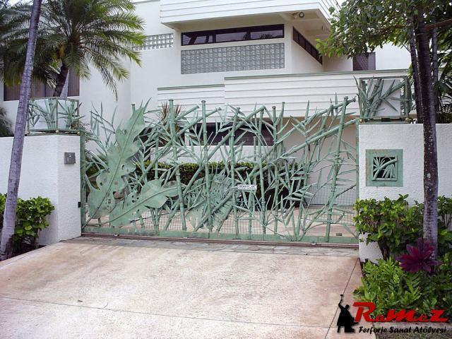 Ferforje  Wrought Iron Garden Gates 3