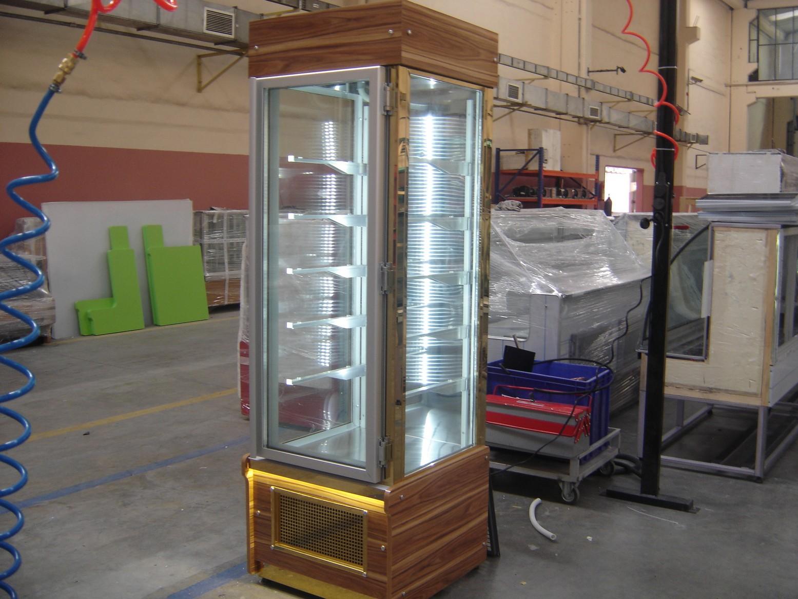 SKY - bakery showcase