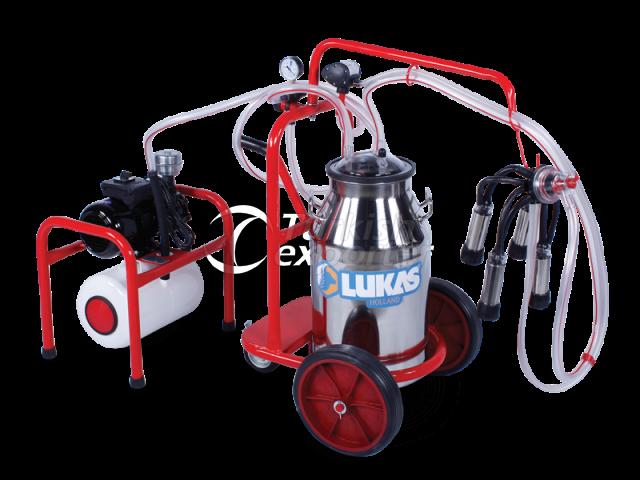 40.4 Mobile and Half Stable Single Milking Single Bucket Group