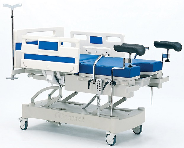 DELIVERY BED WITH THREE MOTORS
