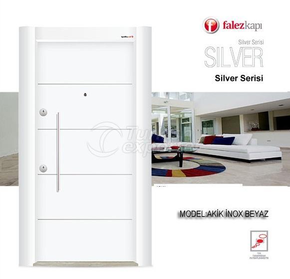 باب فولاذي ل إينوكس بياز