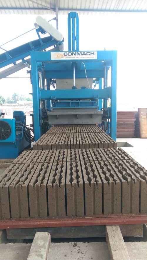 Concrete Block and Interlock Making Machines _2_