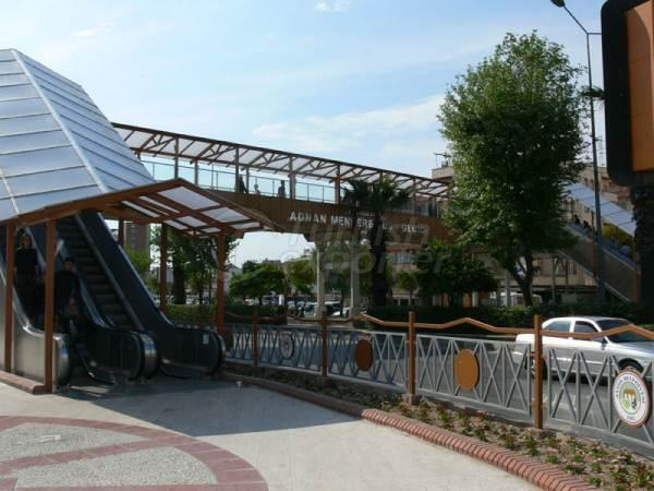 Escalators et Autowalk Systems