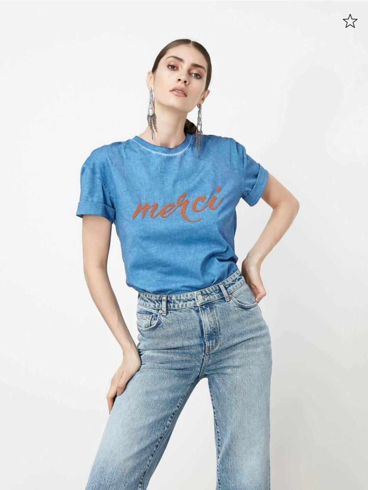 Piece paint and caviar print tshirt