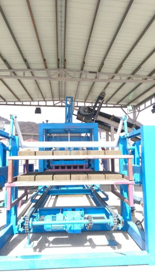 Concrete Block and Interlock Making Machines _7_