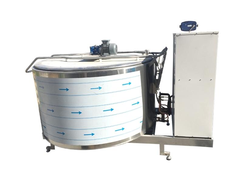 Vertical Cooling Tanks 1500 LT