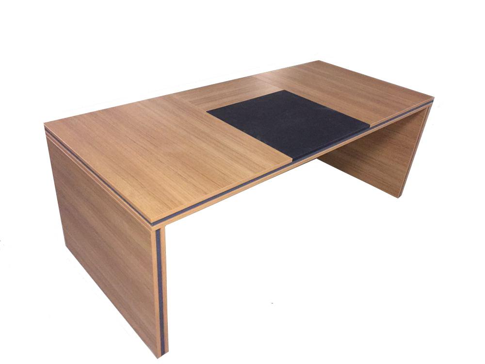 Tema-X Executive Desk