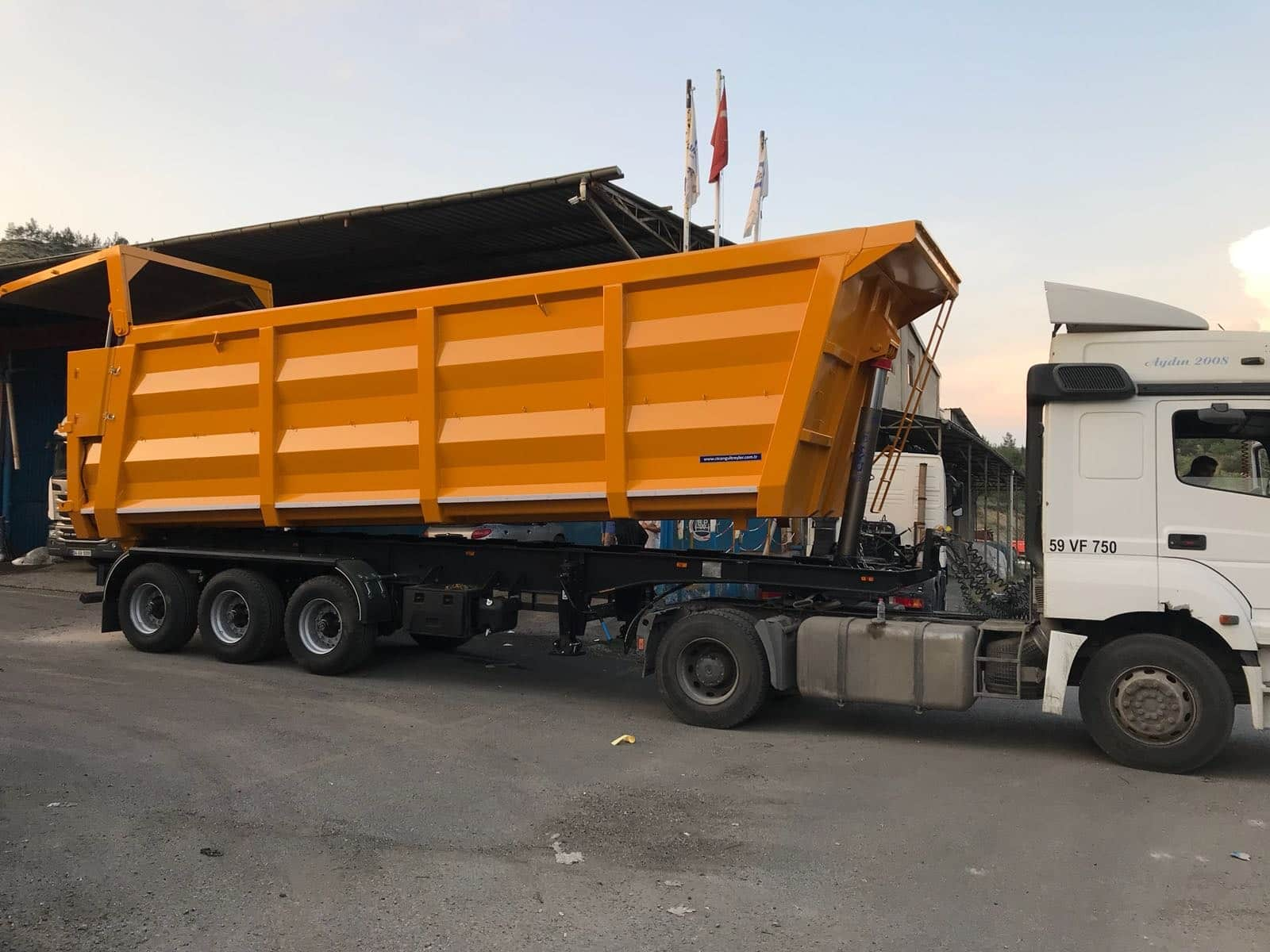 Tipper CT3DM-11