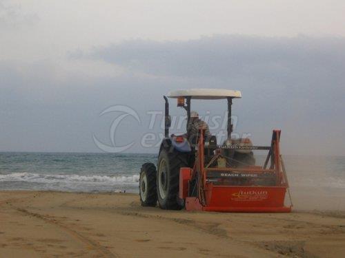 Машина для чистки пляжа
