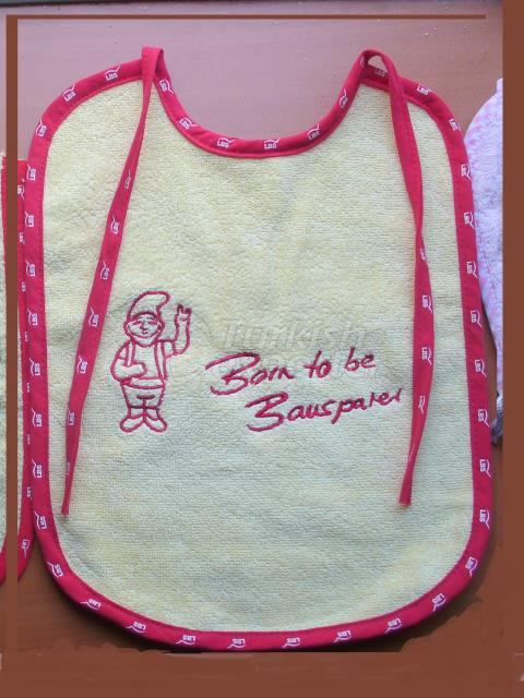 baby bib with printed piping