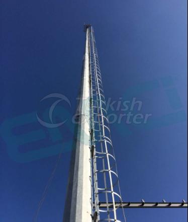Pólos de Projetor com Escada de Proteção