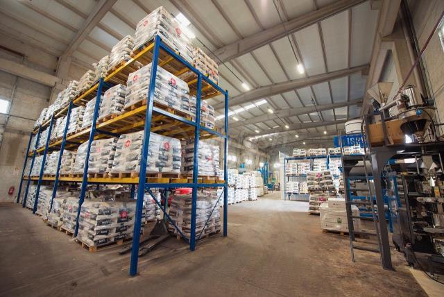Warehouse (npk)