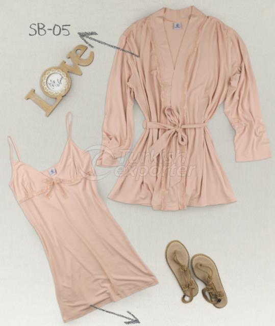 sb-05-elb-04-lounging-robe-dress