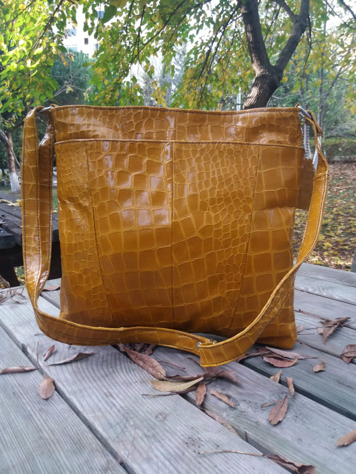 Woman leather bag 100% leather