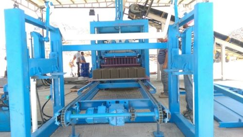 Concrete Block and Interlock Making Machines _6_