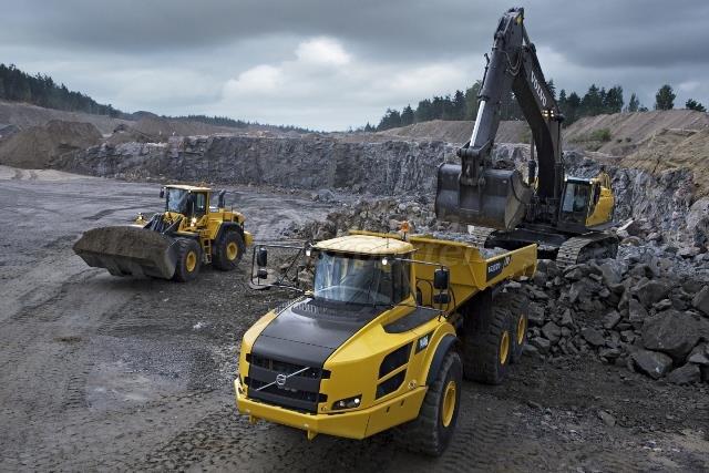 Volvo Truck - Máquinas pesadas