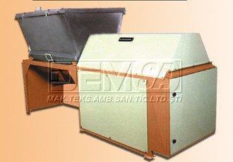 оборудование для покрытия  кремом вафель F-KMG 120