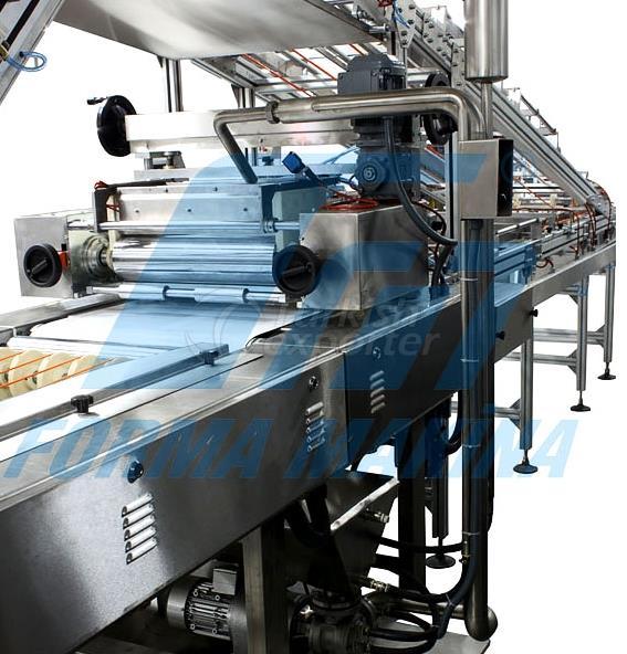 Cream Spreading Machine