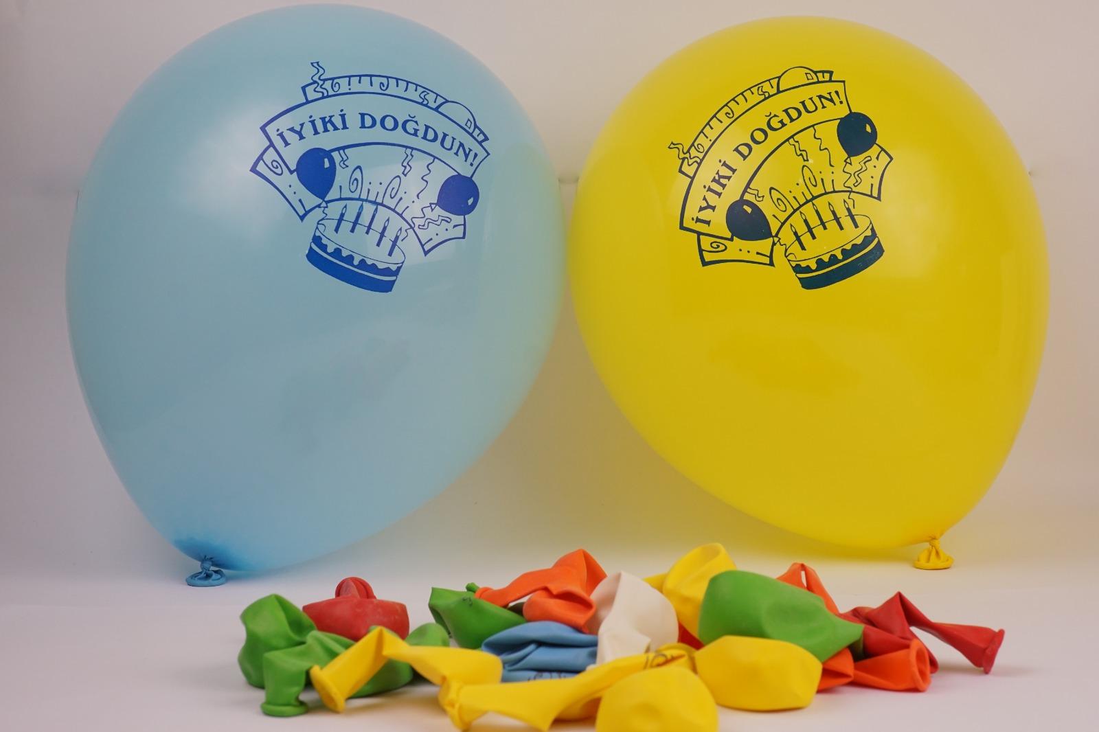 yuvarlak '12 inc. doğum günü' balon