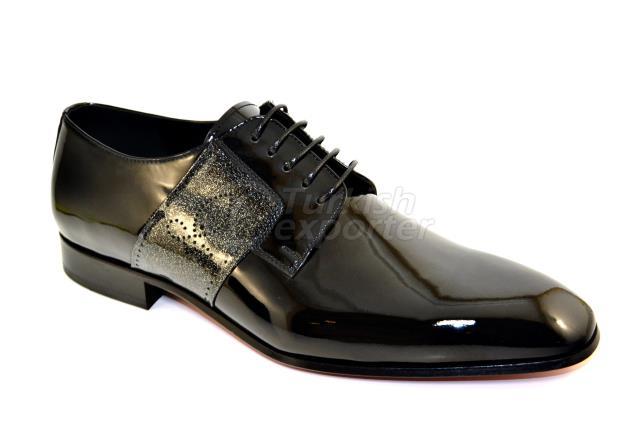 4715 حذاء أسود