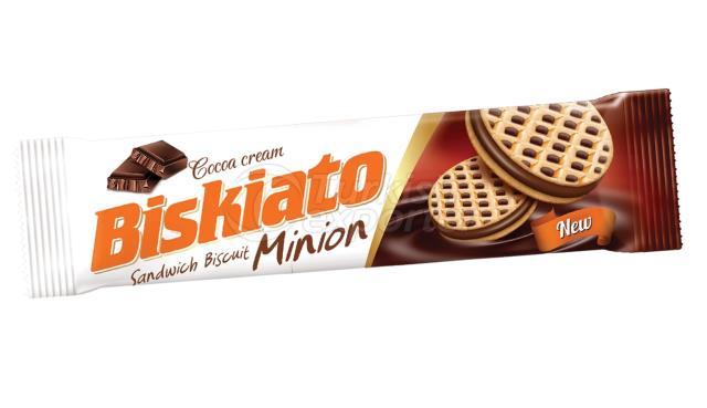 Biskiato Minion Sandwich Biscuit with Cocoa Cream