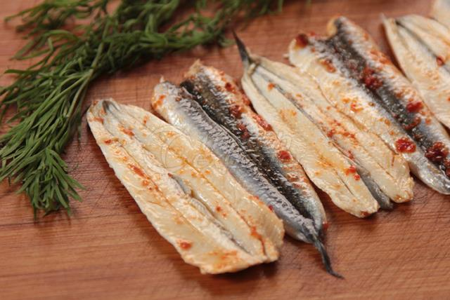 Anchovy Fillet With Hot Pepper Sauce