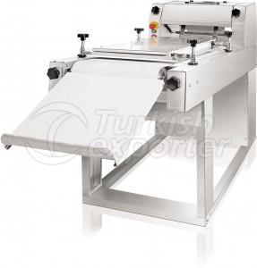 Long Moulding Machine