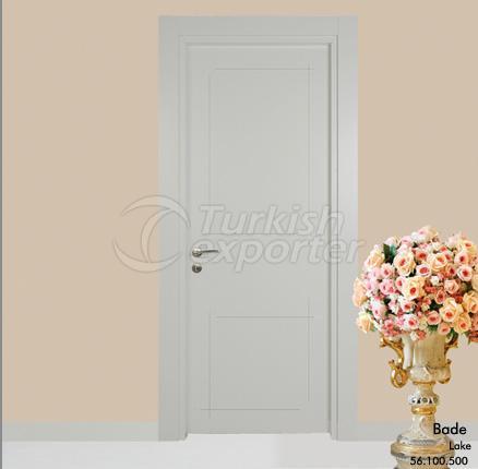 Wooden Door Bade
