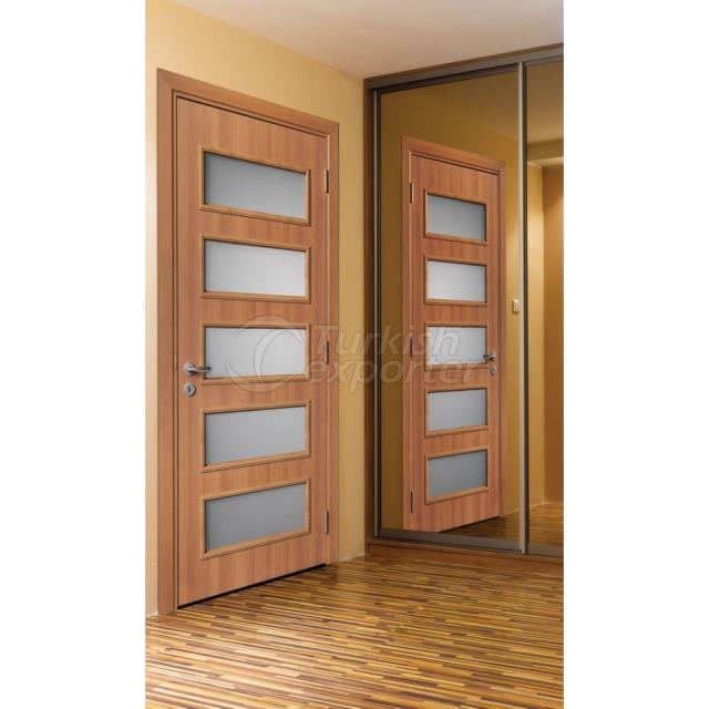 Door Layra