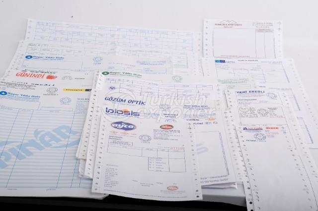 Collecte des factures de fret de l'édition de livres