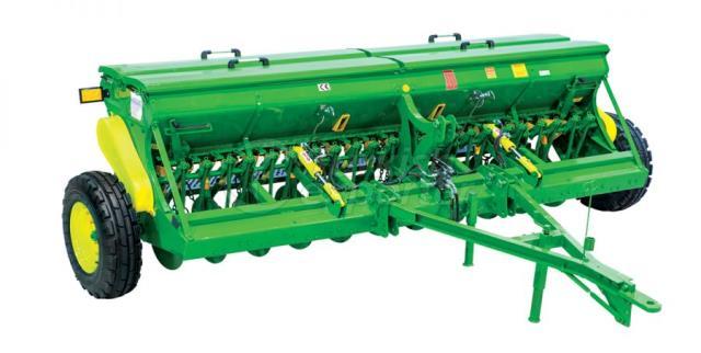 Toprak İşleme Makinesi