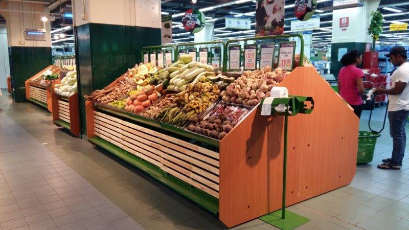 supermarket vegetable rayons