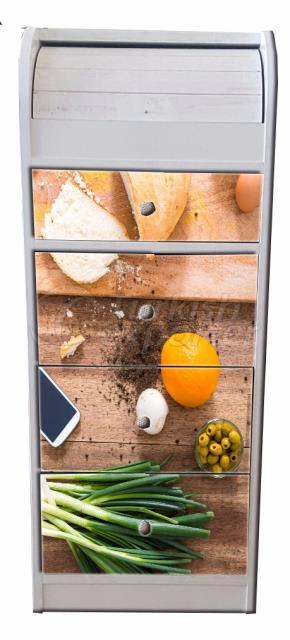 Bread Closet  EKM 002