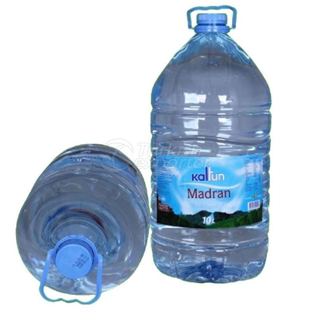 10 مياه طبيعية لتر