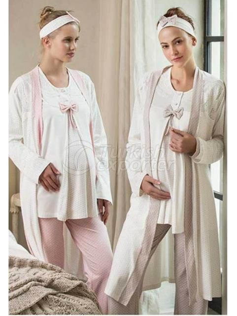 Embroidered Pajamas with Embroidered Score