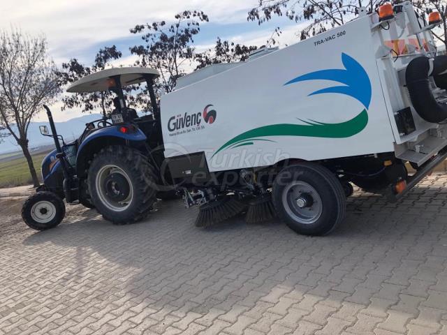 Balayeuse de route tractée par tracteur