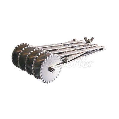 Gauge Gear Pastry Wheel Fivefold