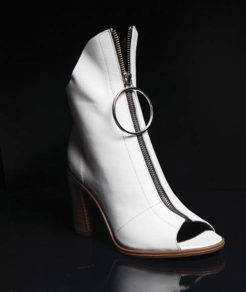 boots zipper