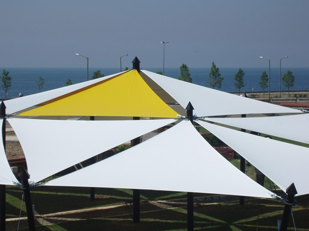 Suspended Stretching Tarpaulin