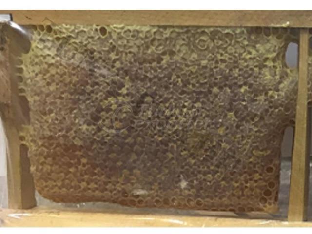 Karakovan (colmilho preto) favo de mel