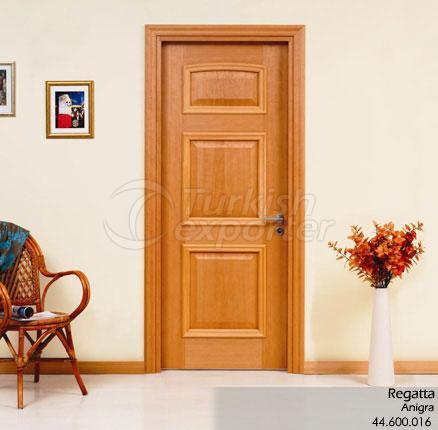 Régate de porte en bois