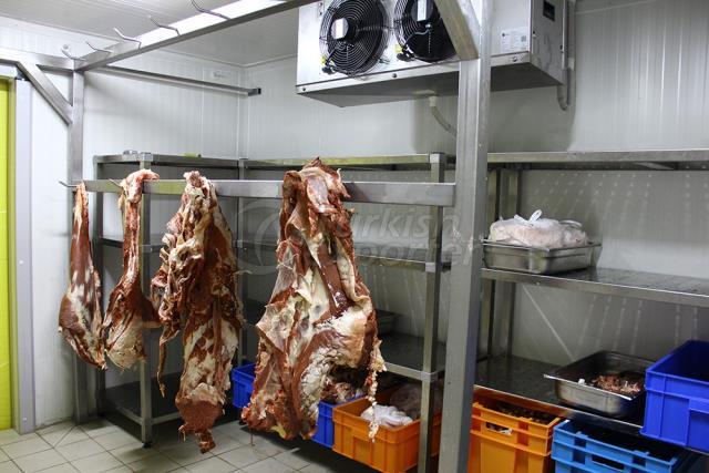 Мясо и мясные продукты холодного хранения