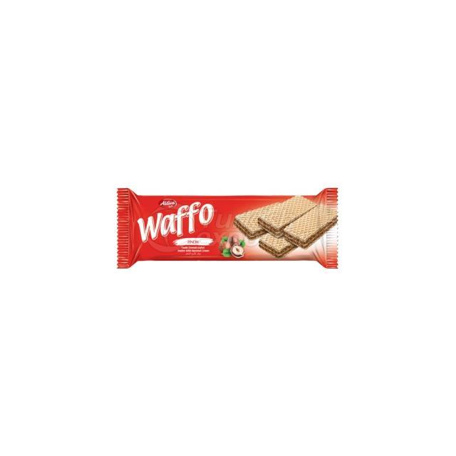 Waffo Wafer With Hazelnut Cream