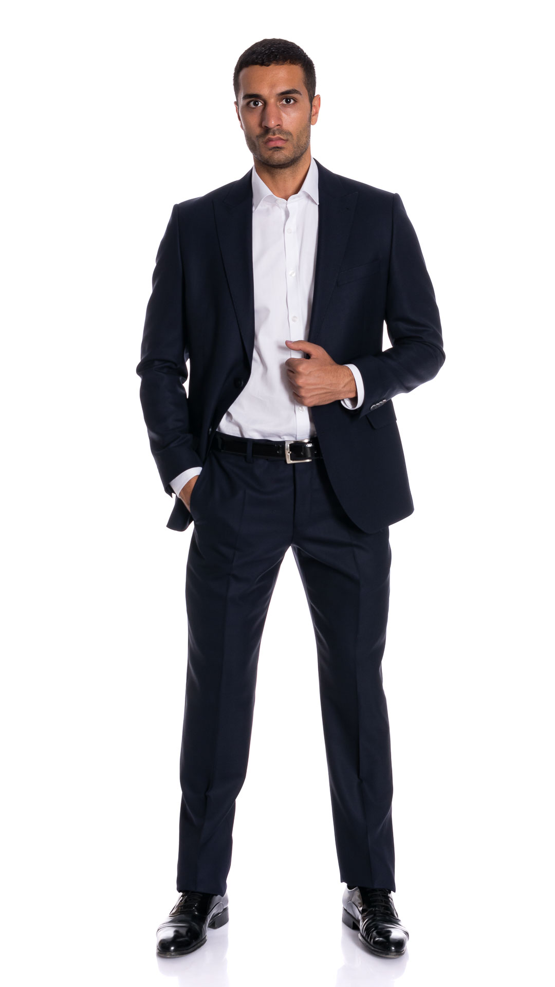 MENS SUIT FOR BUSINESS DAY