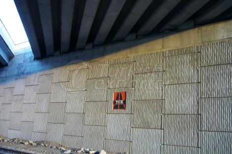 Grounding Rubber Wall Panels Wedge