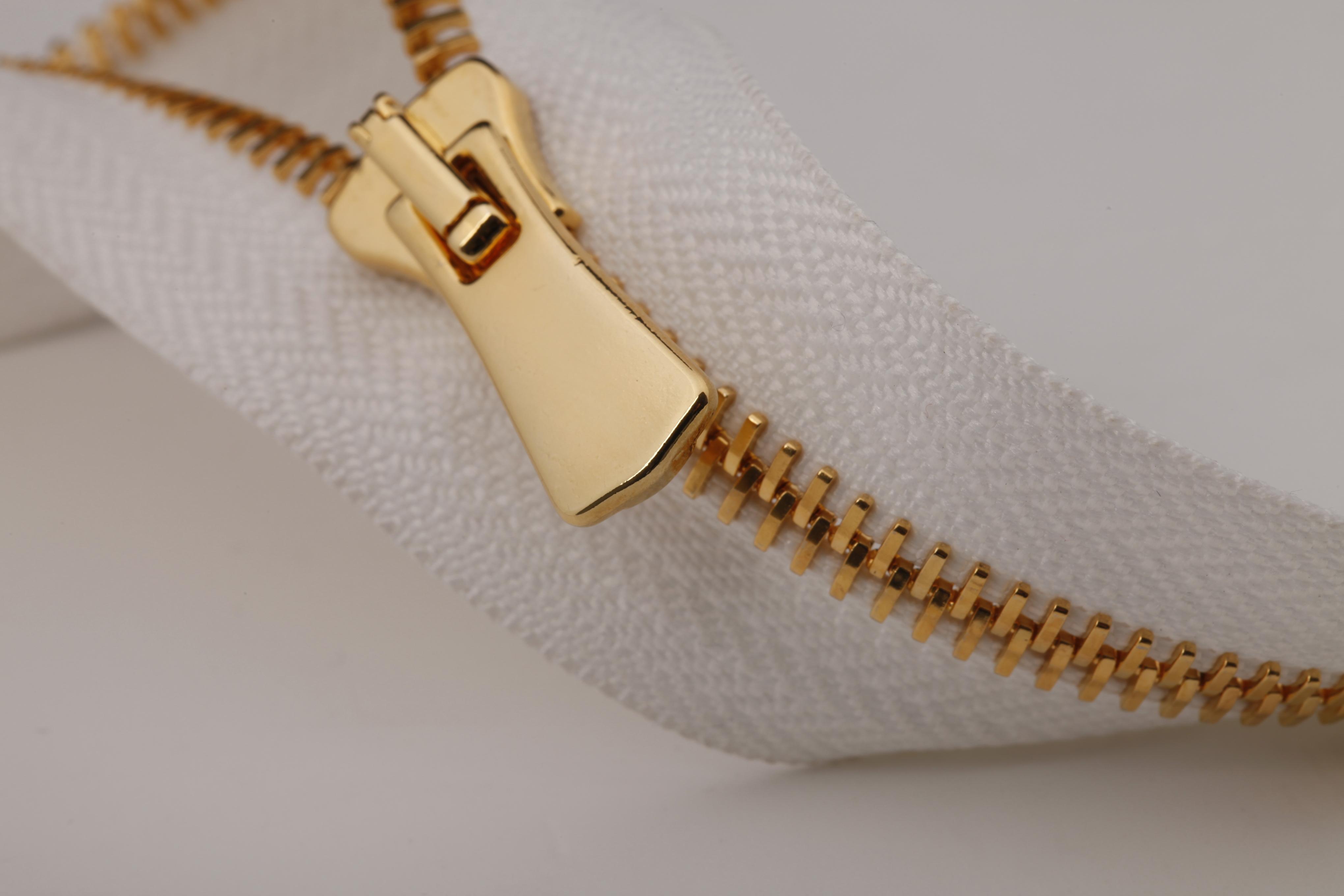 platina gold zipper
