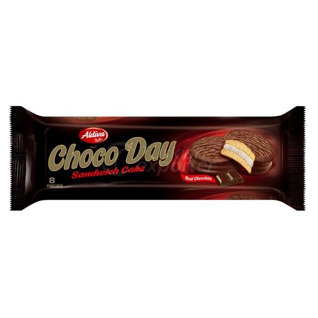 Choco Day Milk Chocolate Coated Cake With Marshmallow